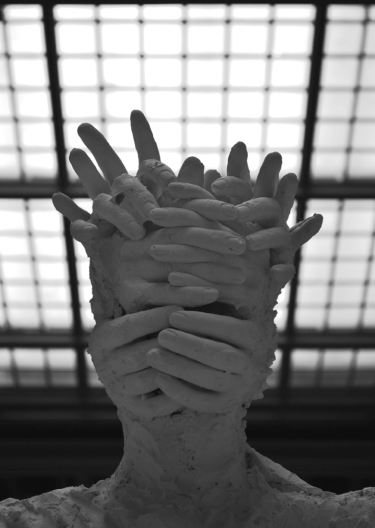 statue_altmedj2