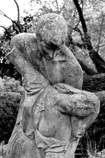 statue30