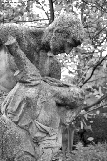 statue31