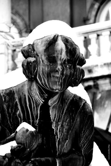 budapest_statue_femme_web